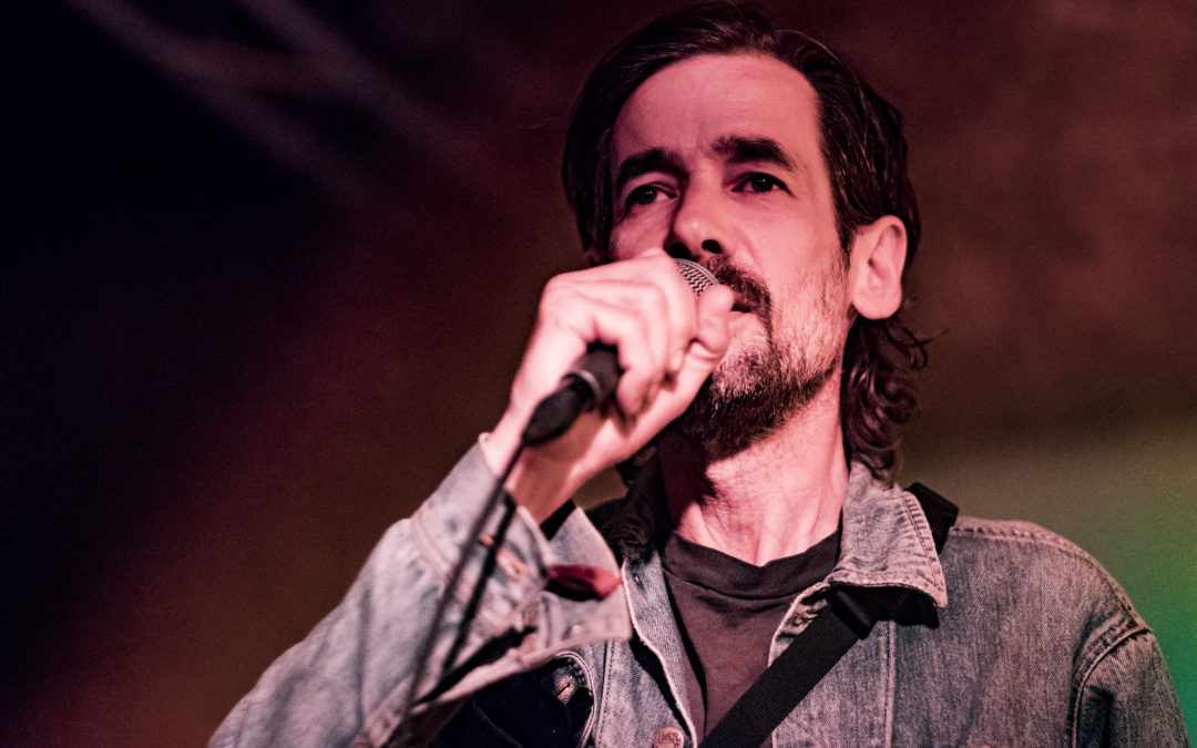 Strøm Mix #001: Fergus Murphy takker af som kurator
