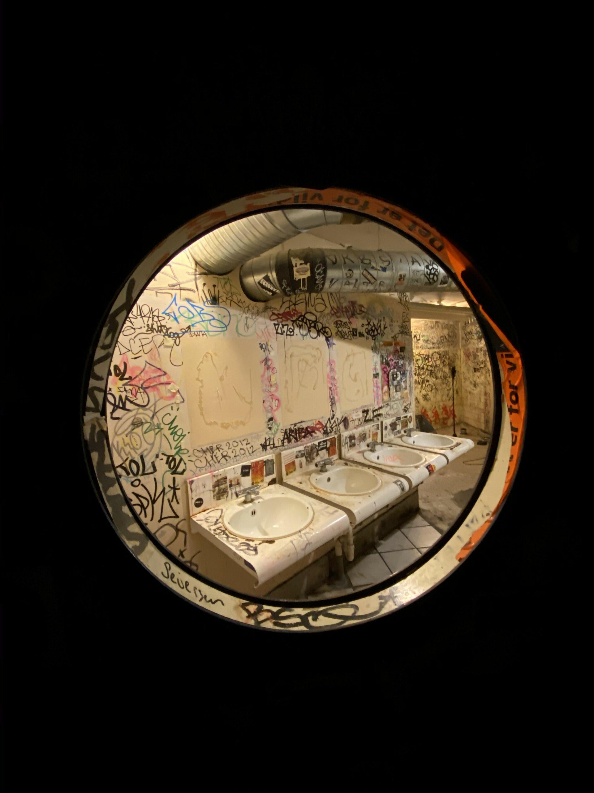 kb18 toilet vindue